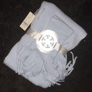 NY&C scarf and glove set